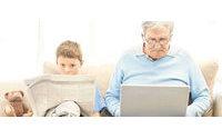 Terceira idade vai às compras via internet
