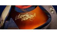 Vivienne Westwood firma la última edición limitada de Chivas Regal