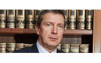 Neuer Lizenzpartner: Dirk Bikkembergs vergibt Schuh Lizenz neu