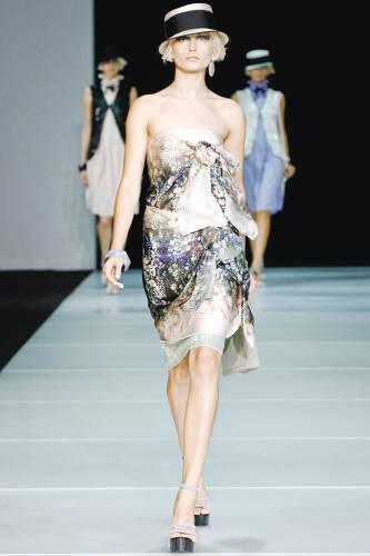米兰礼服手绘设计图 2015米兰春夏时装周 米兰婚纱