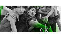 CK One é inspiração para jeans e underwear