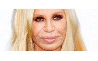 """Versace é criticada por proibir """"mulheres reais"""" como modelos"""