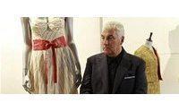 Amy Winehouse'ın elbisesi 68,000 Dolara satıldı