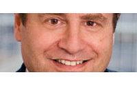 Emanuel Ungaro: Jeffry Aronsson aurait quitté la présidence