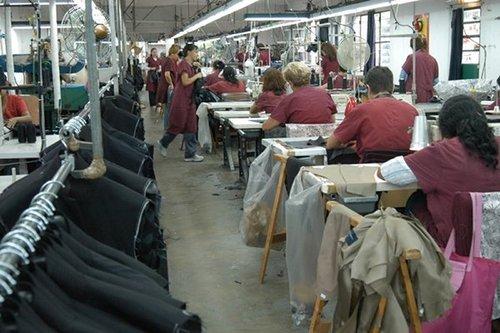 Fabricantes de vestimenta - Componentes 1 y 3 de la Ley