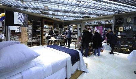 zara feu vert de la cnac pour les champs elys es news retail 223715. Black Bedroom Furniture Sets. Home Design Ideas