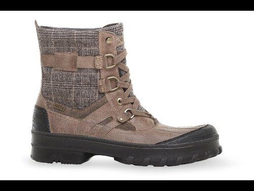 5823333270 Geox, nuovo brevetto di scarpe impermeabili - Notizie : Sfilate ...