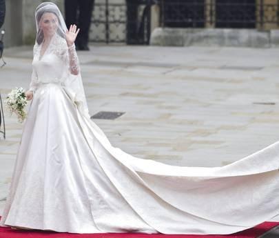 Vestiti Da Sposa Anni 90.L Abito Da Sposa Di Kate In Finale Premio Design Notizie