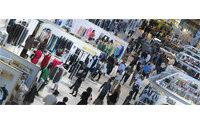 Salons parisiens: le débat politique s'invite