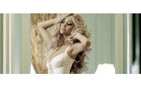 Карл Лагерфельд сфотографировал для лукбука девушку легкого поведения