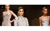 Versace wirft mit Bikerjacken den Motor der Couture an