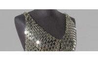 Un vestido de Rabanne de los 80 se subasta por un récord de 13.124 dólares