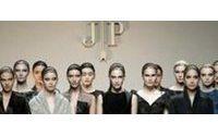 Mercedes-Benz Fashion Week Madri começa com homenagem a Jesus Del Pozo