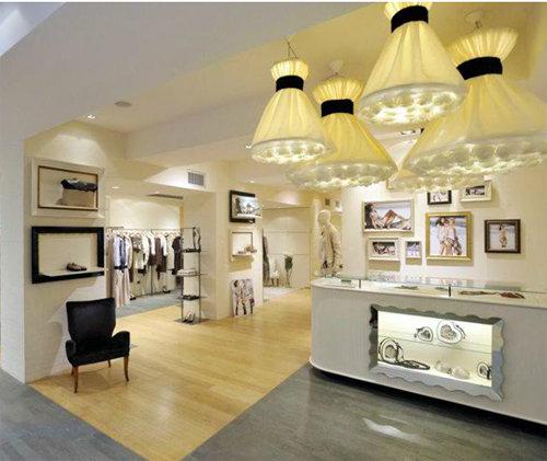 buy popular d4c34 c6ece Twin-Set Simona Barbieri: 4 nuove boutique in Italia ...