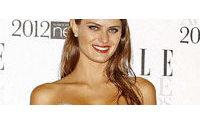 Isabeli Fontana ganha prêmio de melhor modelo em Londres