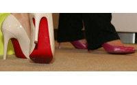 Christian Louboutin, l'homme aux semelles rouges, exposé à Londres