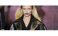 Mailänder Modewoche: Designer setzen auf Schwarz