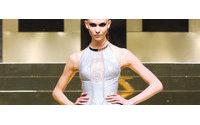 [巴黎高级时装周2012春夏]Versace 太空英雄