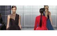 Dior: coupes légères et matières opulentes mais toujours pas de couturier