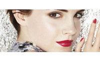 Rouge in love: La nueva campaña de Emma Watson para Lancôme