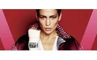 Jennifer Lopez fotografa vestida de lutadora