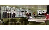 Prada активно открывает новые бутики по всему миру