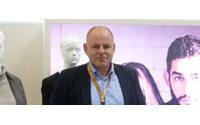 Cinque vertraut den Export Michael Hensen an