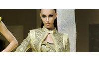 El emotivo retorno de Versace a las pasarelas