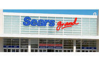 Sears to invest in rewards program, stores