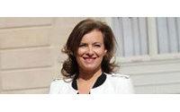 Frankreichs neue Première Dame im Kleinen Schwarzen