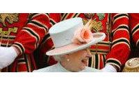 Kleider für eine Königin: Die Mode der Queen vom deutschen Schneider