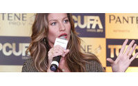 "Gisele divulga concurso ""Top Cufa Brasil 2012"""