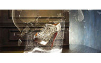 Christian Louboutin红底鞋侵权案受挫