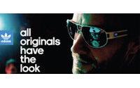 Adidas hayranlarını güneş gözlüğü tasarlamaya çağırıyor