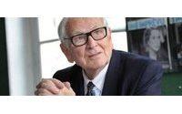 Pierre Cardin, pionnier de la mode homme, sur les podiums à bientôt 90 ans