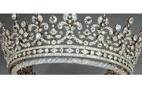 El Palacio de Buckingham expone joyas con más de diez mil diamantes