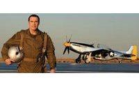 Джон Траволта снялся в новой рекламной кампании Breitling