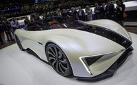 PT Pantaloni Torino veste la Super Car disegnata da Giugiaro