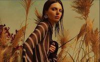 Kendall Jenner è la protagonista dell'ultima campagna di Roberto Cavalli