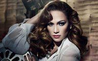 Jennifer Lopez è il nuovo volto della campagna Guess Jeans Primavera 2018