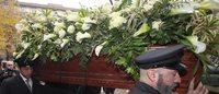 Krizia: chiesa gremita per i funerali, Milano troverà il modo per ricordarla