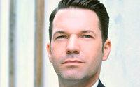 Bree holt Oliver Schroll für Vertrieb und Marketing