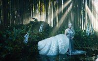 Сюрреалистический «театр моды» от Christian Dior
