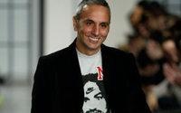 Rochas renouvelle le contrat d'Alessandro Dell'Acqua en tant que directeur artistique de la mode féminine