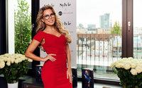 Edel-Optics präsentiert erste Sehbrillenkollektion von Sylvie Meis