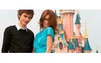 Александр Терехов принял участие в показе мод в парижском Disneyland'е