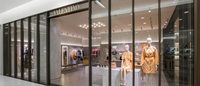 Valentino estrena shop-in-shop en Saks Fifth Avenue México