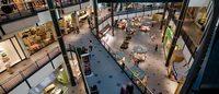 购物中心黄金座次大调整,LV 和 H&M 门靠门的时间开始了