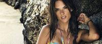 Alessandra Ambrósio lança coleção de moda praia