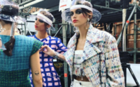 Paris Fashion Week: chiarezza cristallina in plastica e trasparenze oniriche da Chanel